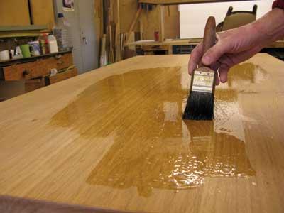 Applying polyurethane finish