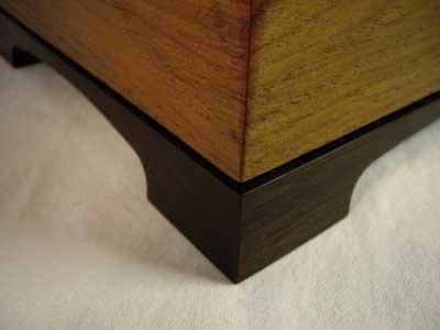 Plinth and corner detail