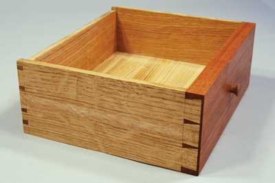Completed drawer, hidden keyway
