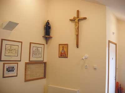 The crucifix in situ