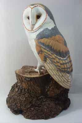 Barn Owl, English lime, 460 x 300mm